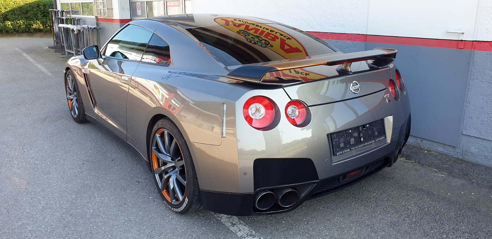 Spengler- und Lackierarbeiten Nissan GT-R