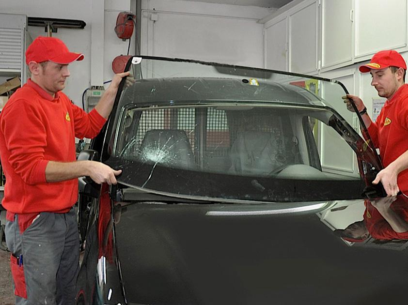 Autoglas Salzburg Windschutzscheiben Reparatur Und Austausch