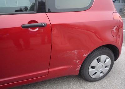 Unfallschaden-Instandsetzung. Suzuki Swift – Seitenschaden.